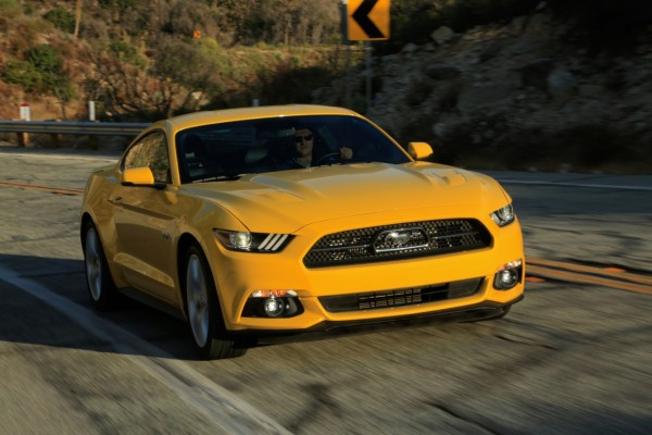 Ford Mustang Fastback 15-18