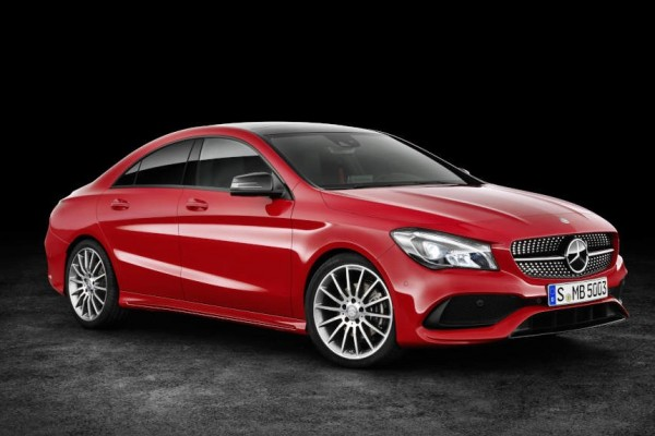 Mercedes Klasa CLA              220 4-Matic Urban 184KM