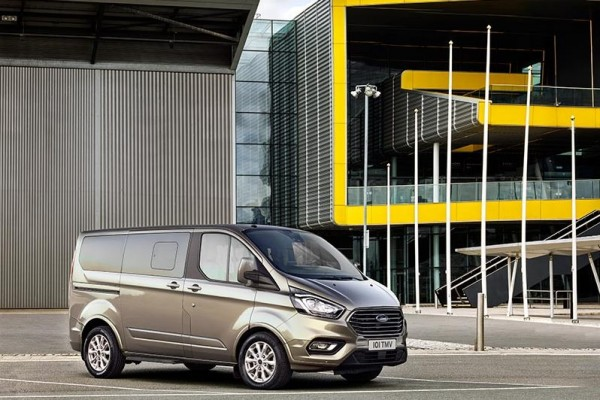 Ford Tourneo Custom 18-