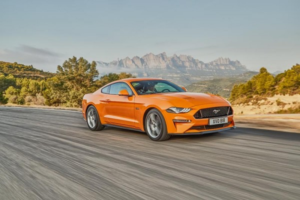 Ford Mustang Fastback 18-