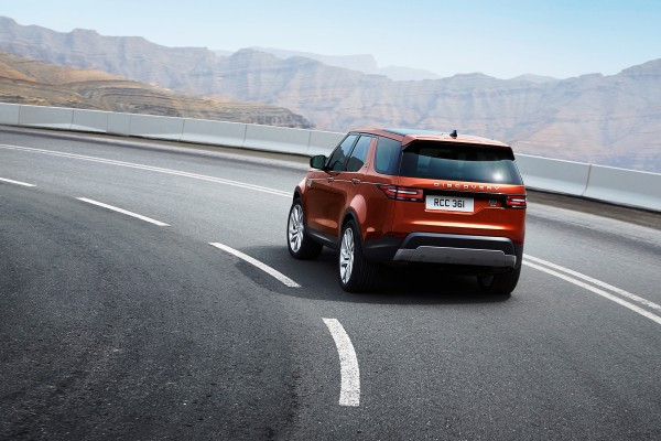 Land Rover Discovery              V 2.0 Si4 HSE 300KM