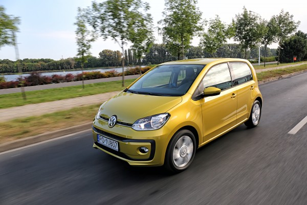 Volkswagen up!              1.0 high 75KM