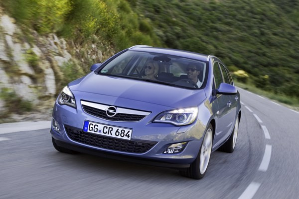 Opel Astra  IV 2010-2012