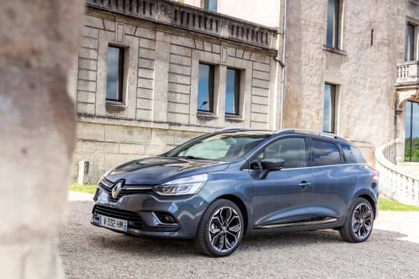 Renault Clio              0.9 TCe Winter Edition 76KM