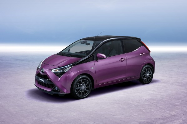 Toyota Aygo              1.0 VVT-i Selection X-cite X-shift 72KM