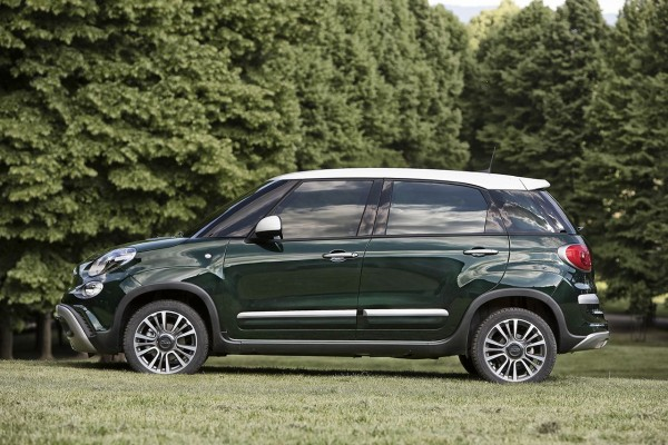Fiat 500              L 1.6 MultiJet Cross 120KM