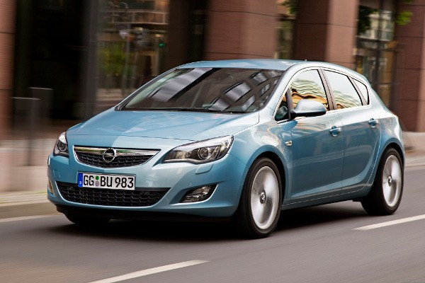 Opel Astra  IV 2009-2012