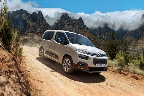 Citroen Berlingo              XL 1.5 BlueHDI Feel S&S Aut. 130KM